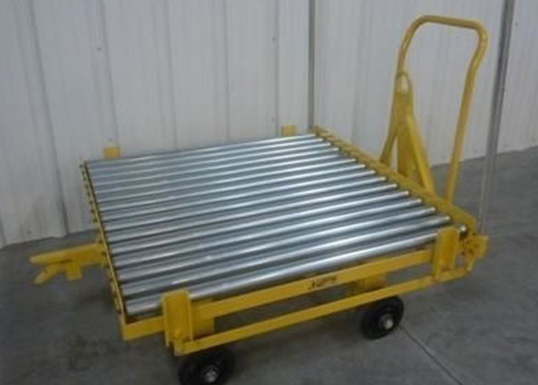 trailer with conveyor roller deck